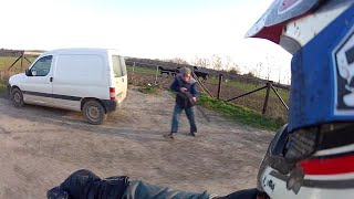 atv riding angry guy with gun quad vs chasseur qui me vise