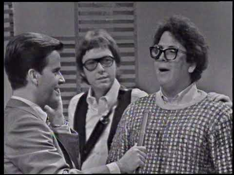 American Bandstand 1967- Interview Turtles