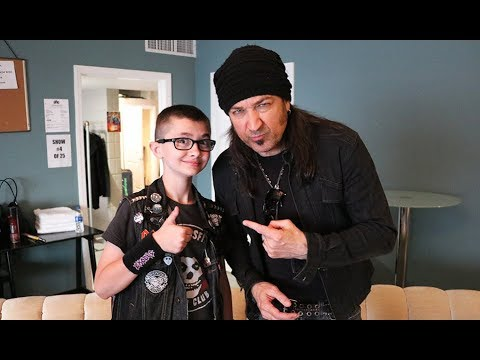 MICHAEL SWEET Of STRYPER: Giant Coffee Machines In Heaven, Satanist Fans, Equality, More