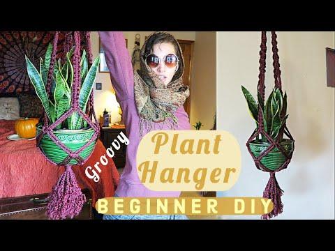 how-to-make-a-macrame-plant-hanger- -beginner-diy