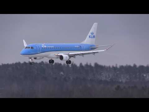 5 cold and windy winter arrivals @ Sandefjord Airport, Torp