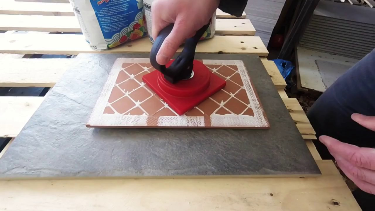 The New Gecko Suction Pad Lifter Even Picks Up Bumpy Tiles Youtube