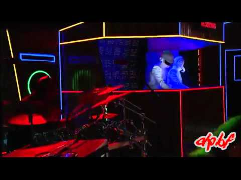 daft-punk---get-lucky-(rehearsal-version)-[live-@-the-grammys-2014-sd]