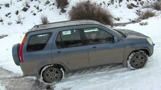 Video Honda CR-V on a snow hill. download MP3, 3GP, MP4, WEBM, AVI, FLV Juli 2018