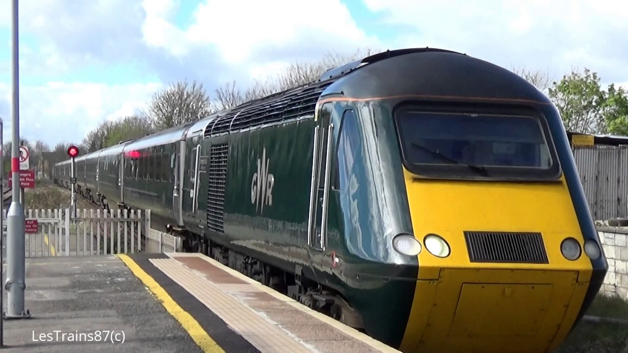 GWR Green Livery Class 43 HST arriving at Chippenham - YouTube
