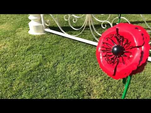 Small Poppy Flower Garden Sculpture with Ground Spike