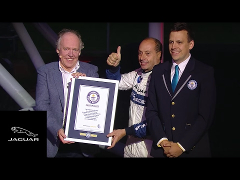 画像: Jaguar F-PACE   Behind the action of Guinness World Record 360 Loop youtu.be