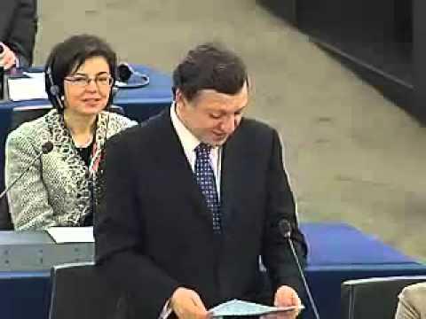 EU Commission President Durão Barroso speaks German at the EU Parliament