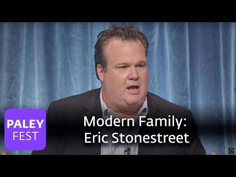Modern Family  Eric Stonestreet on Playing a Gay Parent