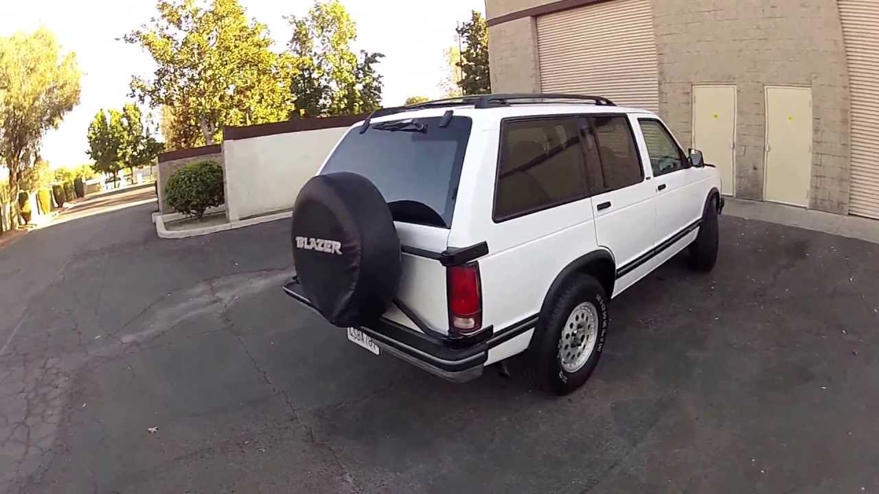 1993 Chevy S10 Blazer 4-door 4x4 Exterior tour walk around - YouTube