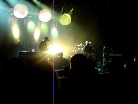 The Pixies - Weird at my School @ Jahrhunderthalle, Frankfurt, Germany, 11/10/2009 mp3