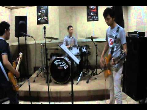 N-Friend's Cover Sheila on 7 Seberapa Pantas (Instrumen)