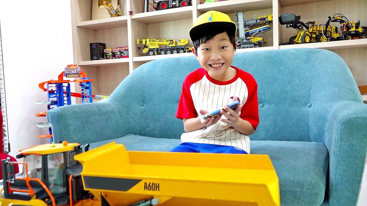 [30분] 예준이의 트럭 자동차 장난감 조립놀이 게임 플레이 Truck Toy Assembly with Game Play