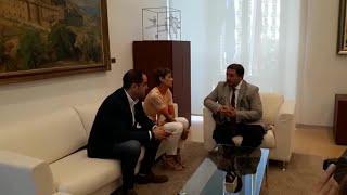 María Chivite se reúne con el presidente del Parlamento de Navarra para hablar de la investidur