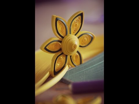 DIY Paper Quilling Green and Yellow Flower