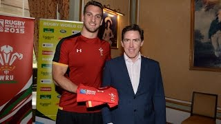 Rob Brydon presents Wales with their Rugby World Cup Quarter-Final jerseys | WRU TV