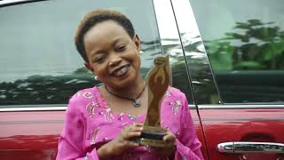 Rebecca Dedicate  AWARD to HER  fans amp Nollywoodcity TV TEAM
