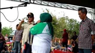 Download Sayembara Prabowo menyanyikan Lagu Indonesia Raya dapat Topi Bintang 3 Prabowo Subianto