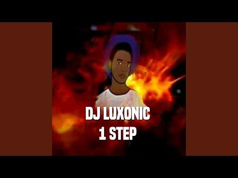 Chords for Omunye Phezukomunye (Remix)