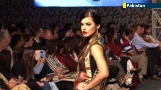 Pakistan Catwalk Glamour: beautiful models showcase alternative Pakistan beyond Islamic extremism