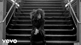 Kandace Springs - Pearls (Official Video) ft. Avishai Cohen