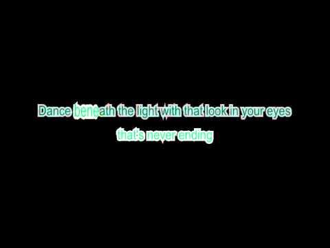 Toto - Stop loving you lyrics