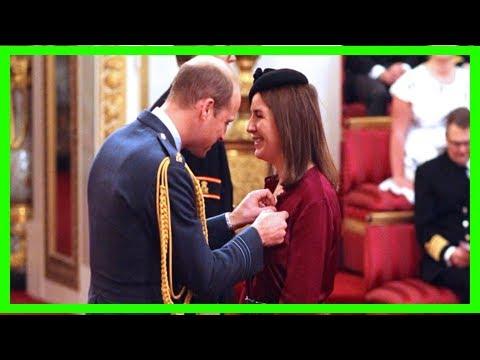 Breaking News   Prince william gives rebecca priestley an award - rebecca priestley royal victo