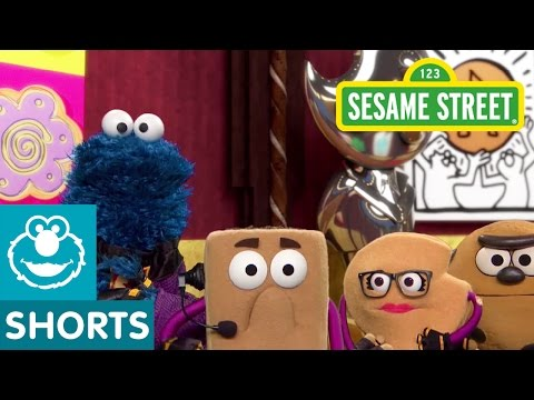 Sesame Street: Chaos at the Costume Party | Smart Cookies
