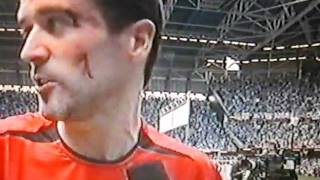 Roy Keane after winning FA Cup
