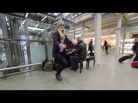 Rockaboogie Tap Dance at St Pancras Station