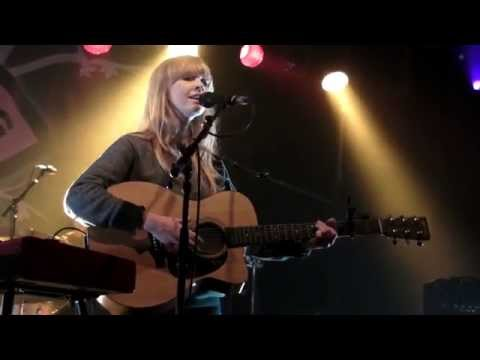 Lucy Rose - Like An Arrow (live at Wychwood festival - 31st May 15)