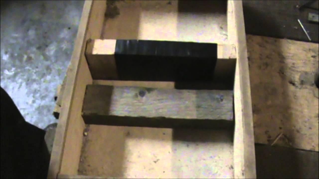 comment fabriquer une petite armoire youtube. Black Bedroom Furniture Sets. Home Design Ideas