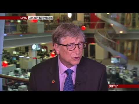 Bill Gates Talks About Mark Zuckerberg & Facebook Data Privacy