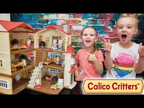 Opening Calico Critters Red Roof Cozy Cottage! Pretend Playtime!!