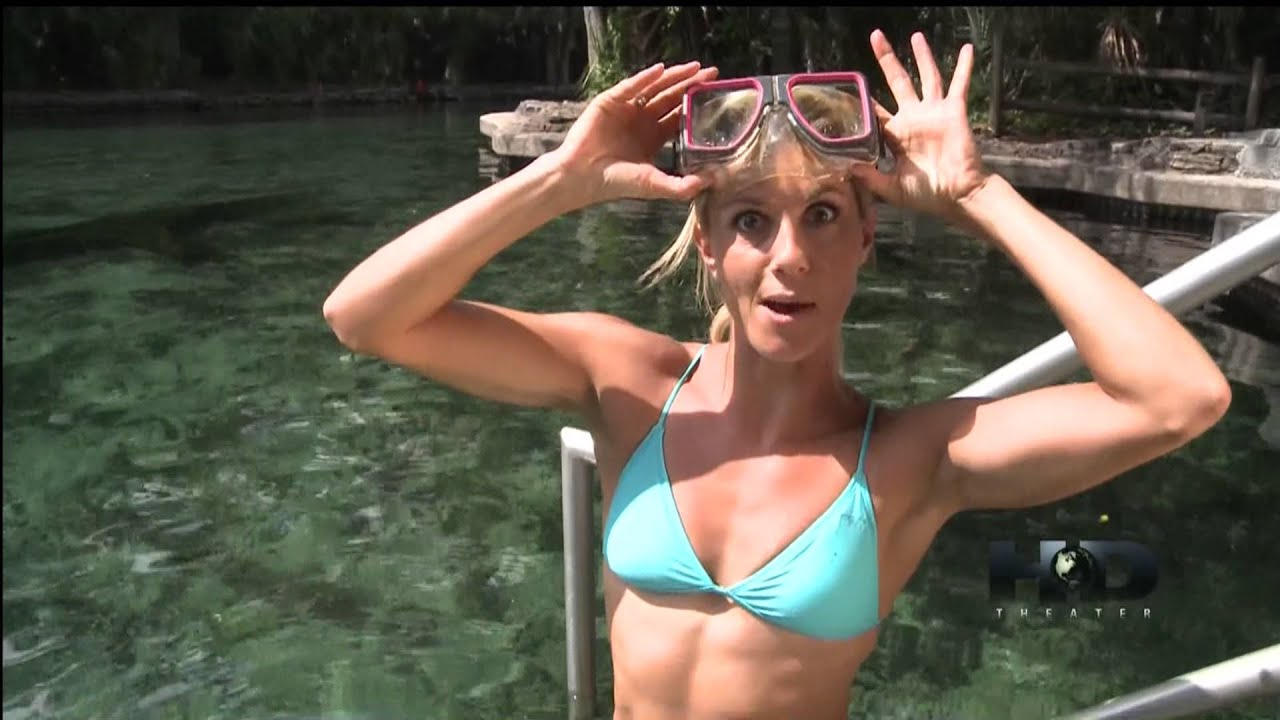 Travel Host In Bikini In Orlando Youtube