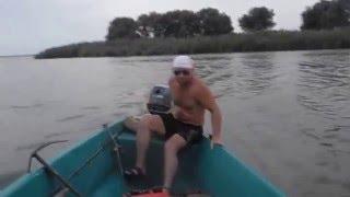 приколы на рыбалке  Funny Fishing  Пьяные рыбаки на рыбалке 7
