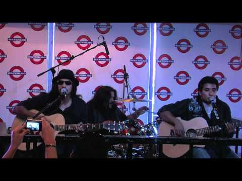 "Los Lonely Boys Perform ""Hollywood"" Acoustic At Waterloo Records In Austin, TX"