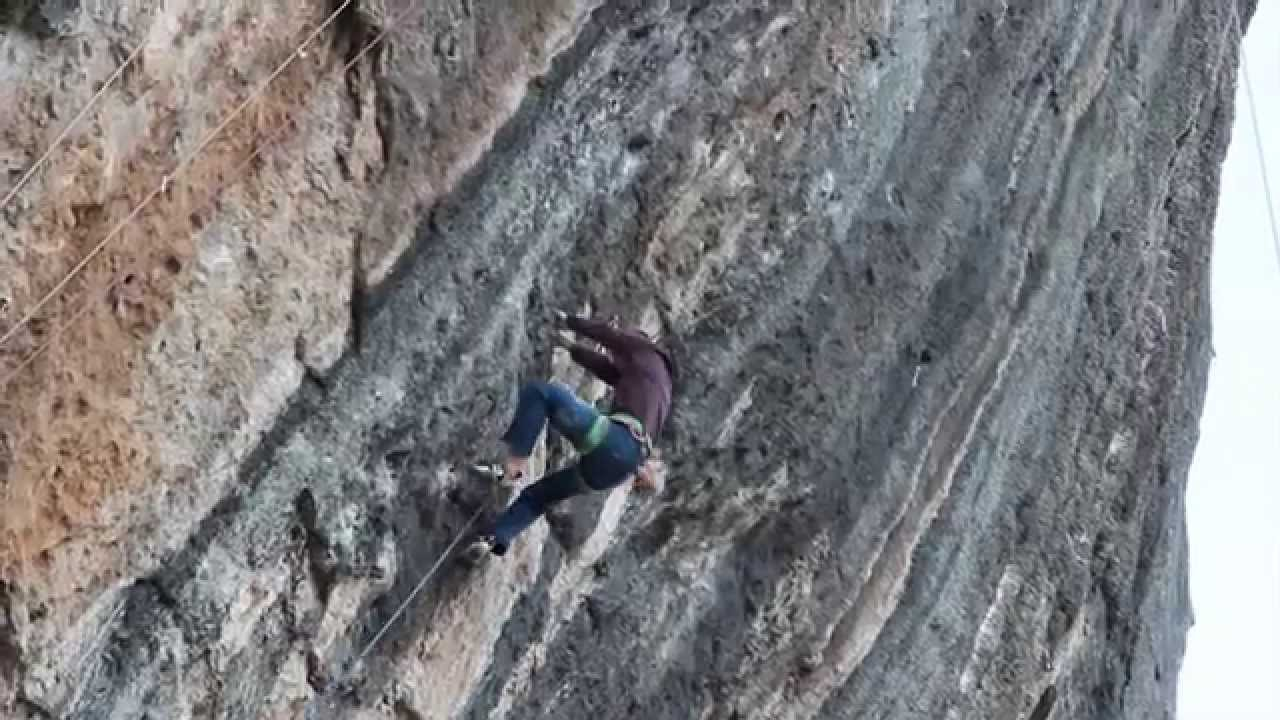"Jakob Schubert ""Fight or Flight"" 9b !"