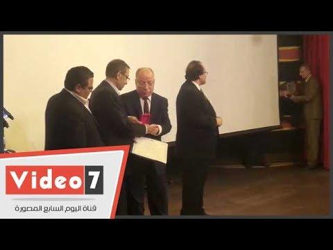 وزير الثقافة يكرم لنين الرملى بحضور الحلفاوى وابو داوود