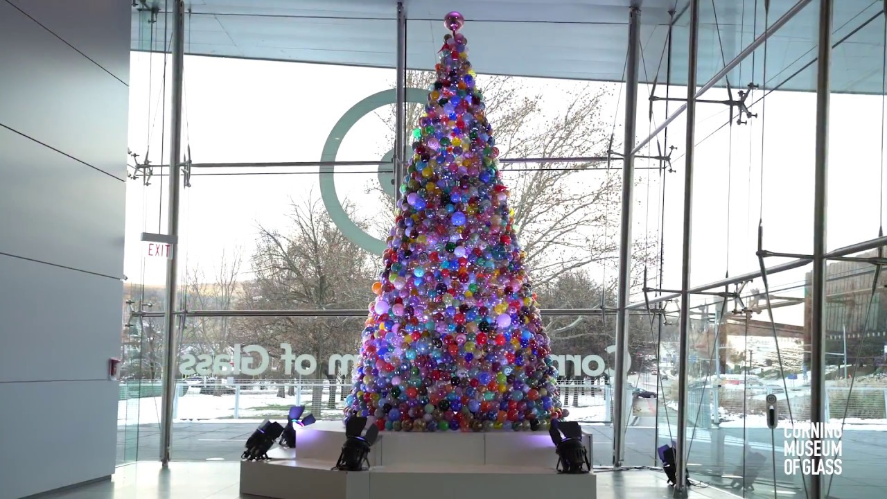 Singing Christmas Tree Muskegon 2021 Seven Places Reinventing The Christmas Tree Travel Smithsonian Magazine