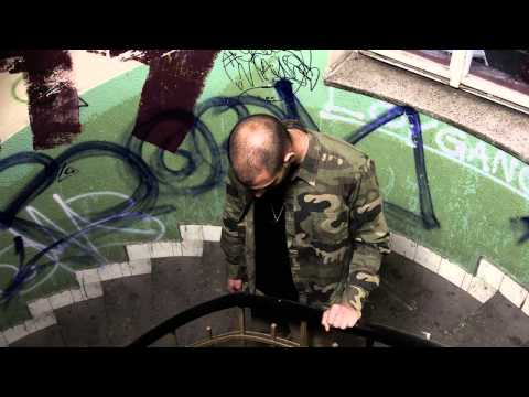 REFEW ft. PEE BEER - Dickhead (prod. PEACOCK BEATS)