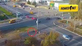 Скачать ДТП сбит пешеход г Волжский ул Мира ул Оломоуцкая 07 11 2019 15 19