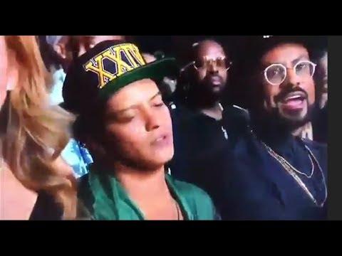 BET AWARDS 2017 FEUDS Ft. Migos, Chris Brown, Bruno Mars, Nicki Minaj & More! | What's Trending Now!