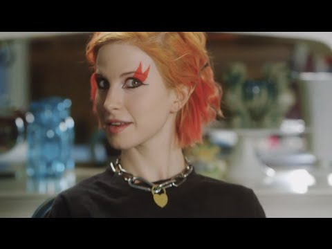POPULAR TV PRESENTS: HAYLEY WILLIAMS IN KISS OFF  EPISODE 1