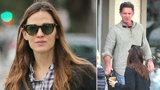 Jennifer Garner Gets Hit On By Mystery Man After Recent Break Up! - EXCLUSIVE
