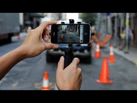 Жители Лангепаса с помощью смартфонов борются с нарушителями парковки