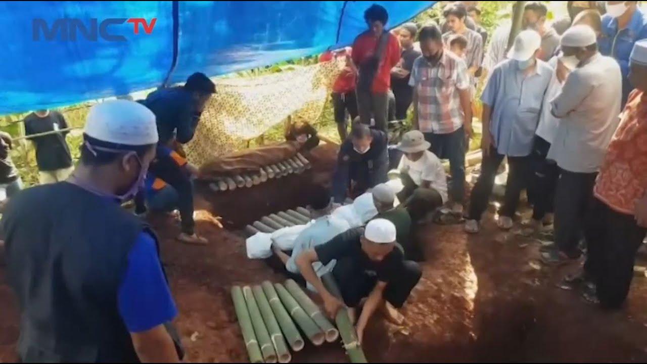 Putuskan Mengakhiri Hidup, Pemakaman Ibu dan 2 Balita di Bandung Diwarnai Isak Tangis - LIS 09/04