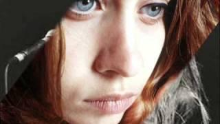 Fiona Apple Sullen Girl Subtitulado en español..wmv