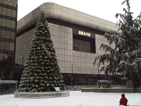 Urban Travel Guide: The Gorgeous Vancouver Art Museum Draped in Snow