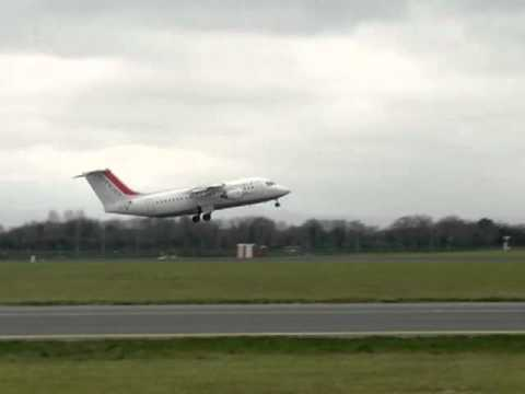 Air France City Jet BAE 146 take off from Dublin, Ireland